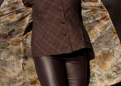 Mantel mit aufgesetzten Taschen. Stoff: edle Schurwoll-/Mohair-/Alpaka-Mischung, Futter aus Tactel