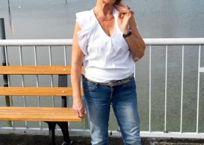 Bluse weiß mit Volants: burda 2/2017 Nr 106