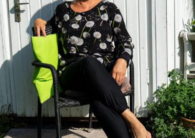 "Seidenshirt mit Pusteblumen: Modell ""Lene"" via konfetti patterns"