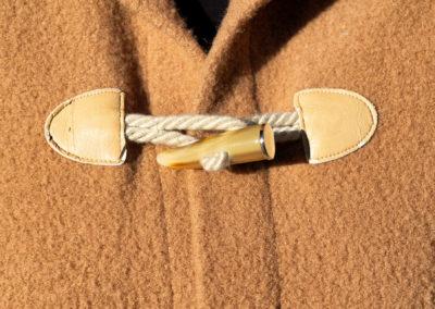 Detail: Mantel aus Wollwalk in Camel, Schnitt: Ottobre 5/2011