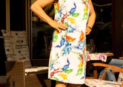 Jerseykleid mit kurzen Raglanärmeln, Burda Style 05/2011