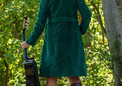 Cordmantel - grüner Strechcord, Schnitt Butterick 6385